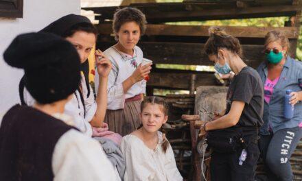 """""""Copacul dorințelor: Amintiri din copilărie"""" – au început filmările pentru primul lungmetraj caritabil din România"""