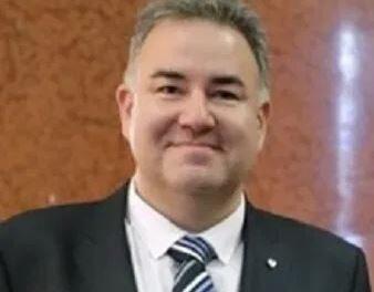 Cristian Nevzoreanu este noul director de Comunicare si CSR al Groupe Renault Romania